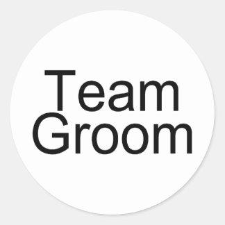 Team Groom Round Sticker