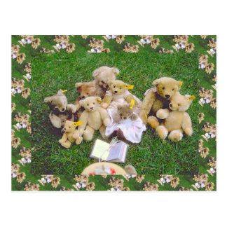 Teddy bears, bearly family gathering postcard