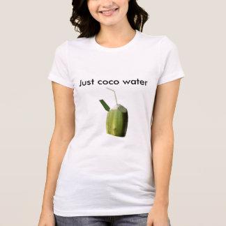 Tee-shirt woman Just coconut toilets T-Shirt