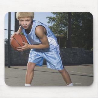 Teenage boy on basketball court 2 mouse mat