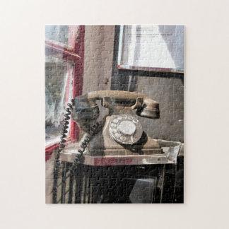 TELEPHONE JIGSAW PUZZLE