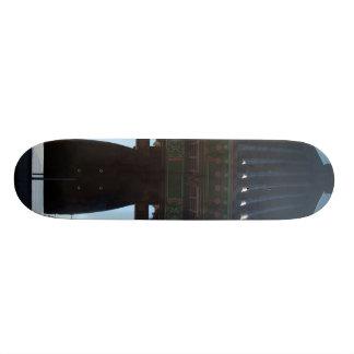 temple closeup 19.7 cm skateboard deck