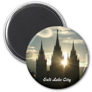 Temple 6 Cm Round Magnet