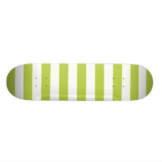 Tender Shoots Green Stripes Pattern 21.6 Cm Skateboard Deck