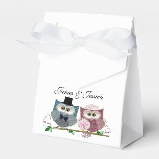 Tent Favor Box with Wedding Owls Art Favour Boxes