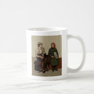 Tête à Tête Shoe Shine Boy News Girl Coffee Mug