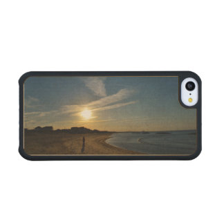 Textured Sunset Carved® Maple iPhone 5C Slim Case