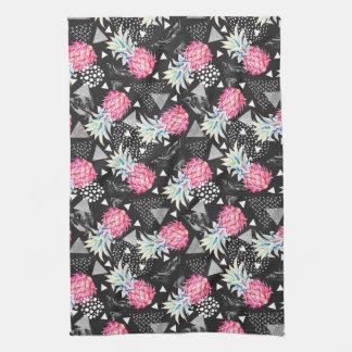 Textured Triangle Pineapple Pattern Tea Towel