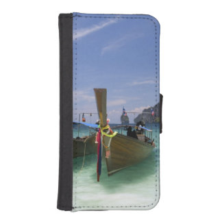 Thailand, Phi Phi Don Island, Yong Kasem beach, iPhone 5 Wallet Case