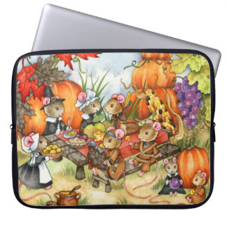 Thanksgiving Mouse Laptop Sleeve by Carmen Medlin