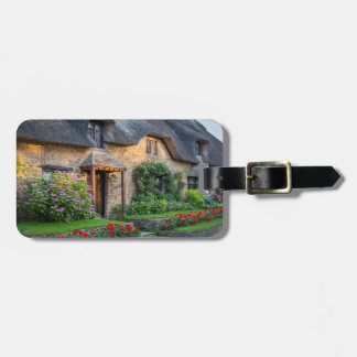 Thatch roof cottage in England Luggage Tag