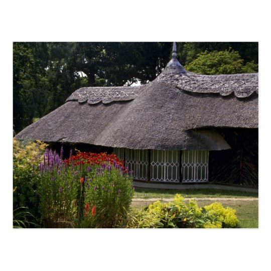 Thatched cottage, England in Europe Postcard