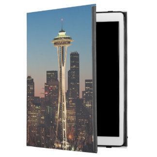 "The American flag flies between the rising moon iPad Pro 12.9"" Case"