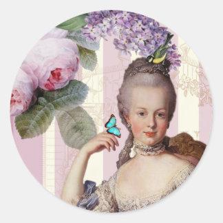 Thé au Petit Trianon – rose - alt design Round Sticker