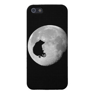 The Bear in the Moon iPhone 5 Cover
