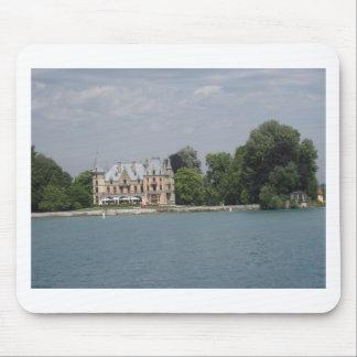 The beautiful Schadau castle on shore of Lake Thun Mouse Pad