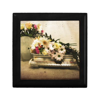 The Beauty of Flowers Gift Box