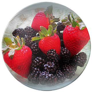 """""""The Berries"""" Porcelain Plate"""