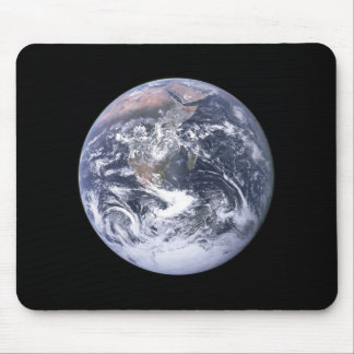 """The Blue Marble"" Earth seem from Apollo 17 Mouse Mat"