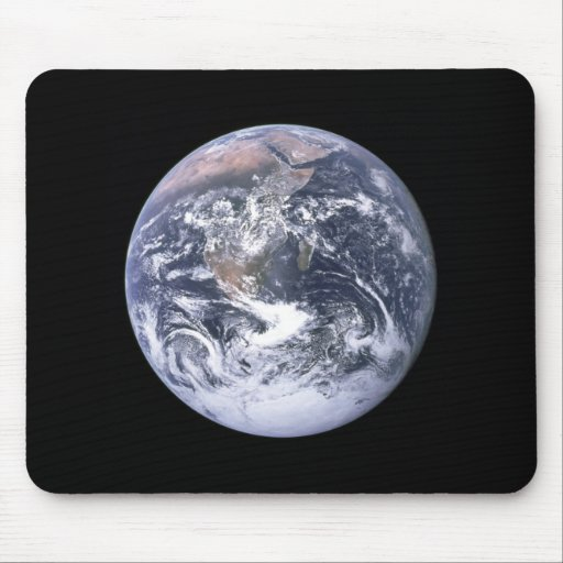 """The Blue Marble"" Earth seem from Apollo 17 Mouse Mats"
