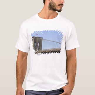 The Brooklyn Bridge in New York City, New 2 T-Shirt