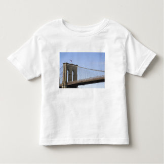 The Brooklyn Bridge in New York City, New 2 Toddler T-Shirt