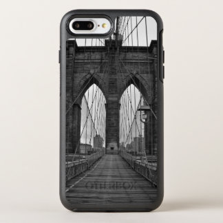 The Brooklyn Bridge in New York City OtterBox Symmetry iPhone 7 Plus Case