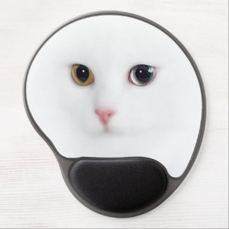 The cat waits gel mouse pad