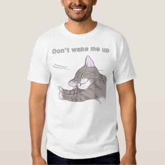 The cat which dozes (ggray tabby) tshirt