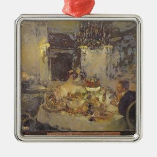 The Champagne Silver-Colored Square Decoration