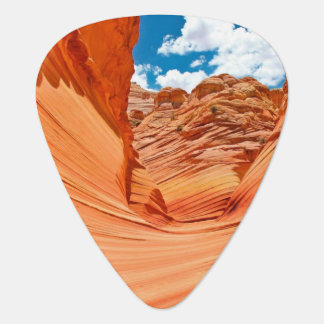 The Colors of the Wave Plectrum