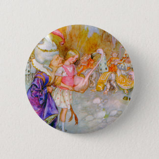 THE DUCHESS GIVES ALICE TIPS IN FLAMINGO CROQUET 6 CM ROUND BADGE