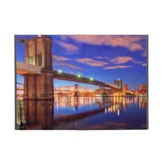 The East River, Brooklyn Bridge, Manhattan Cover For iPad Mini