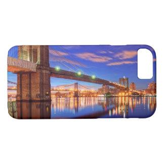 The East River, Brooklyn Bridge, Manhattan iPhone 8/7 Case