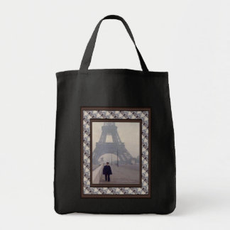 The eiffel tower and a Gendarme