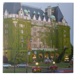 The Empress Hotel at the inner harbour in Tile