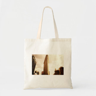 The Flatiron Building Tote Bags