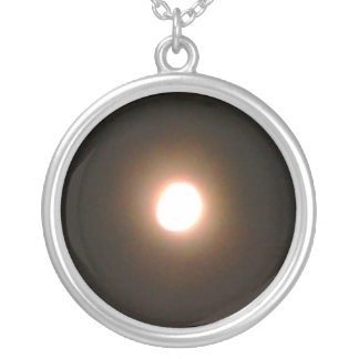 THE FULL MOON necklace
