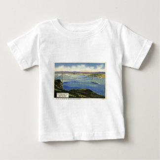 The Golden Gate Bridge Vintage Postcard T-shirt