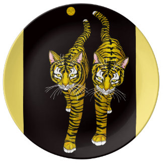 THE GOLDEN MOON CATS PLATE