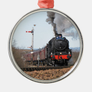 The Great Britain III steam train Silver-Colored Round Decoration