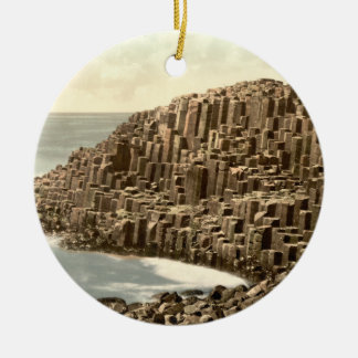 The Honeycombs, Giant's Causeway, Co Antrim Round Ceramic Decoration