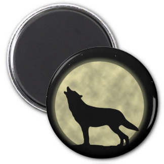 The Howling Wolf in the Night 6 Cm Round Magnet