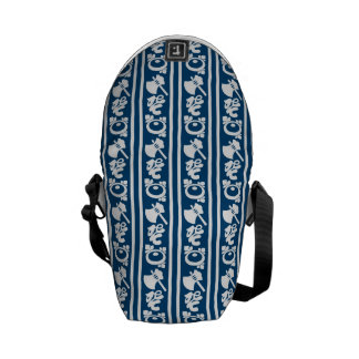 The Japanese traditional pattern ax koto chrysanth Commuter Bags
