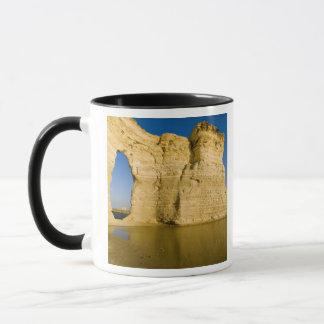 The Keyhole of the Monument Rocks aka Chalk Mug
