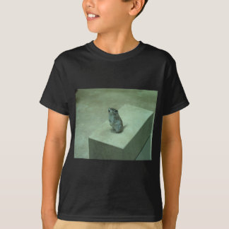 The Killer Mouse (Onychomys leucogaster) howls! T-Shirt