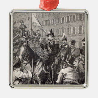 The King of Prussia addressing the Berliners Silver-Colored Square Decoration