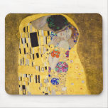 """ The Kiss "" , Gustav Klimt Mouse Pad"
