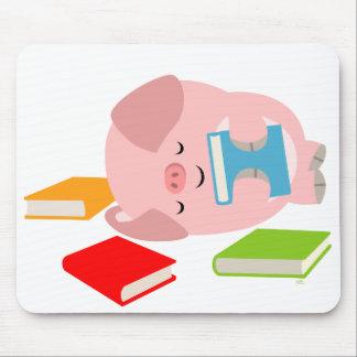 The Little Book Lover Cute Cartoon Pig Mousepad