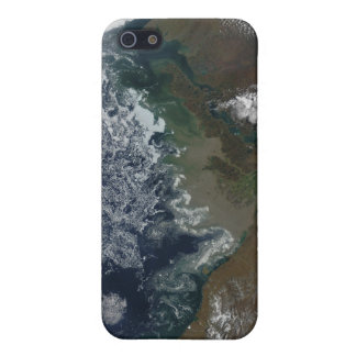 The Mackenzie River empties into Mackenzie Bay Case For iPhone 5/5S
